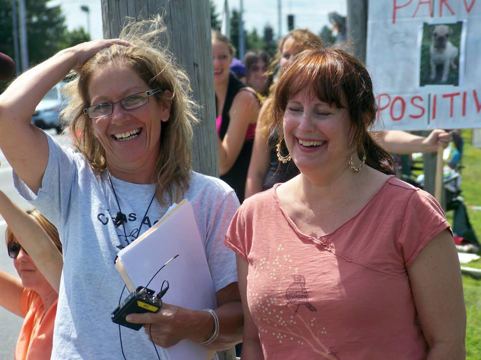 Lynne Fracassie and a dedicated volunteer rally to stop dog adn cat sales in pet stores. Image source: Maine Citizens Against Puppy Mills