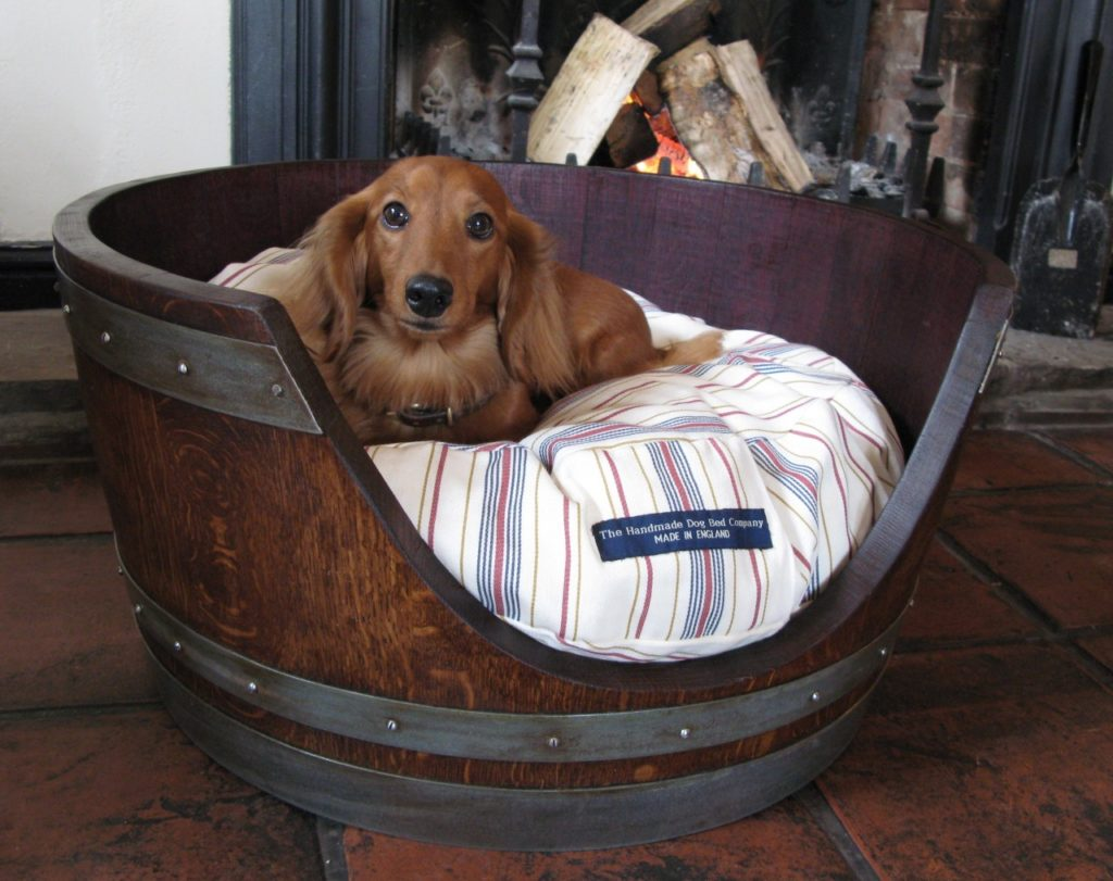 12 Unique Diy Dog Beds For Any Decor ? Iheartdogs.com Diy Shabby Chic Pet Bed