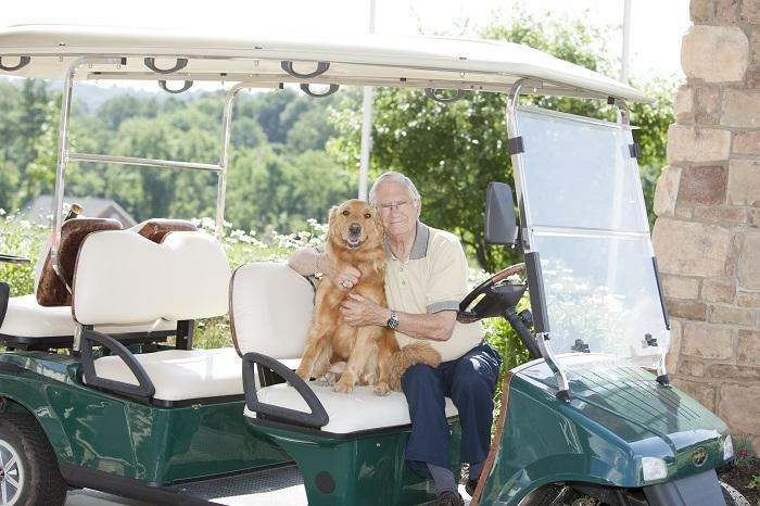 Bob Rasbridge, a resident of The Heritage of Green Hills in Shillington, Pa., with his dog. Image source: Heritage of Green Hills