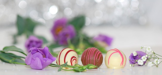 3 chocolates-563382_640