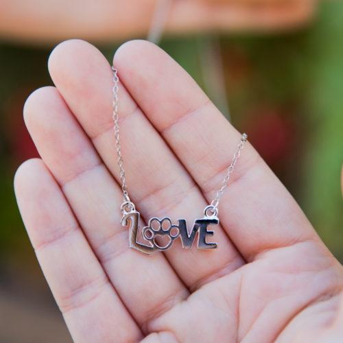 ILovePawsNecklace_Silver