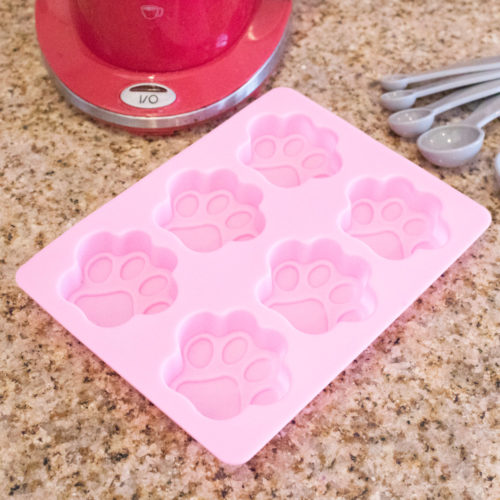 Paw Silicone Ice Cube or Baking Tray (SECRET STORE)