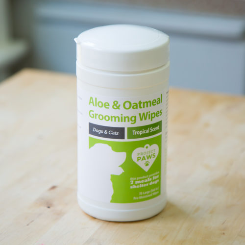 Project Paws™ Aloe & Oatmeal Grooming Wipes for Dogs (Tropical Scent)