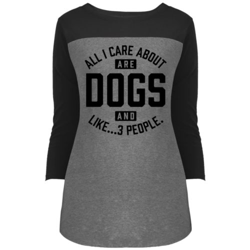Dogs And 3 People Colorblock 3/4 Sleeve