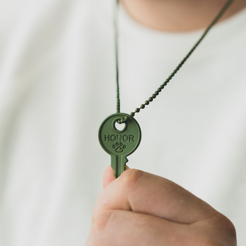 """Matte Army Green """"Honor"""" Key Necklace -Helps Pair Veterans with a Service Dog or Shelter Dog 🇺🇸 Deal 50% Off!"""