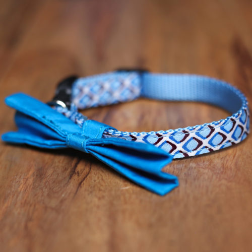 Adjustable Bow Tie Diamond Printed Dog Collar