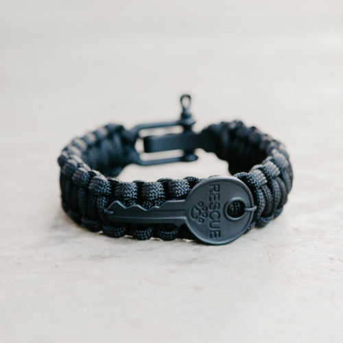 Second Chance Movement™ Matte Black Key Paracord Bracelet - The Key To Giving Shelter Pets a Second Chance At Life