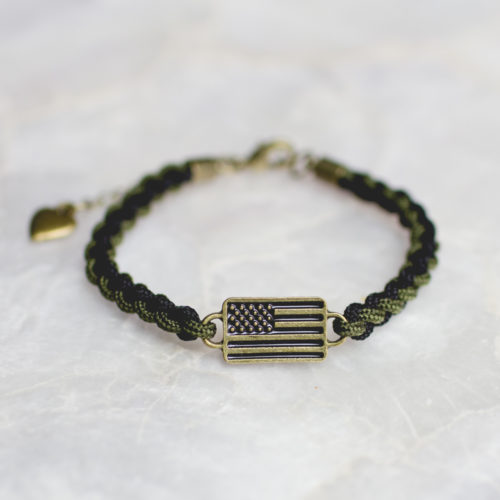 2 Tone Dark Olive and Black Adjustable Thin Paracord Flag Bracelet: Helps Pair Veterans with a Service Dog or Shelter Dog