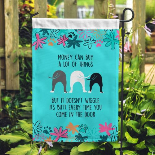 FREE Wiggle Butts In The Garden Flag