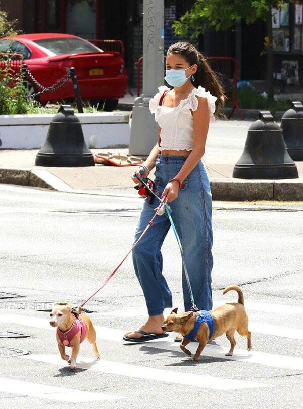 Suri Cruise Walking Dogs