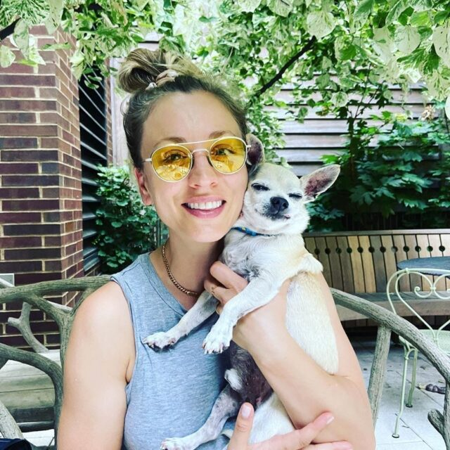Kaley Cuoco and her Dog Dumpy