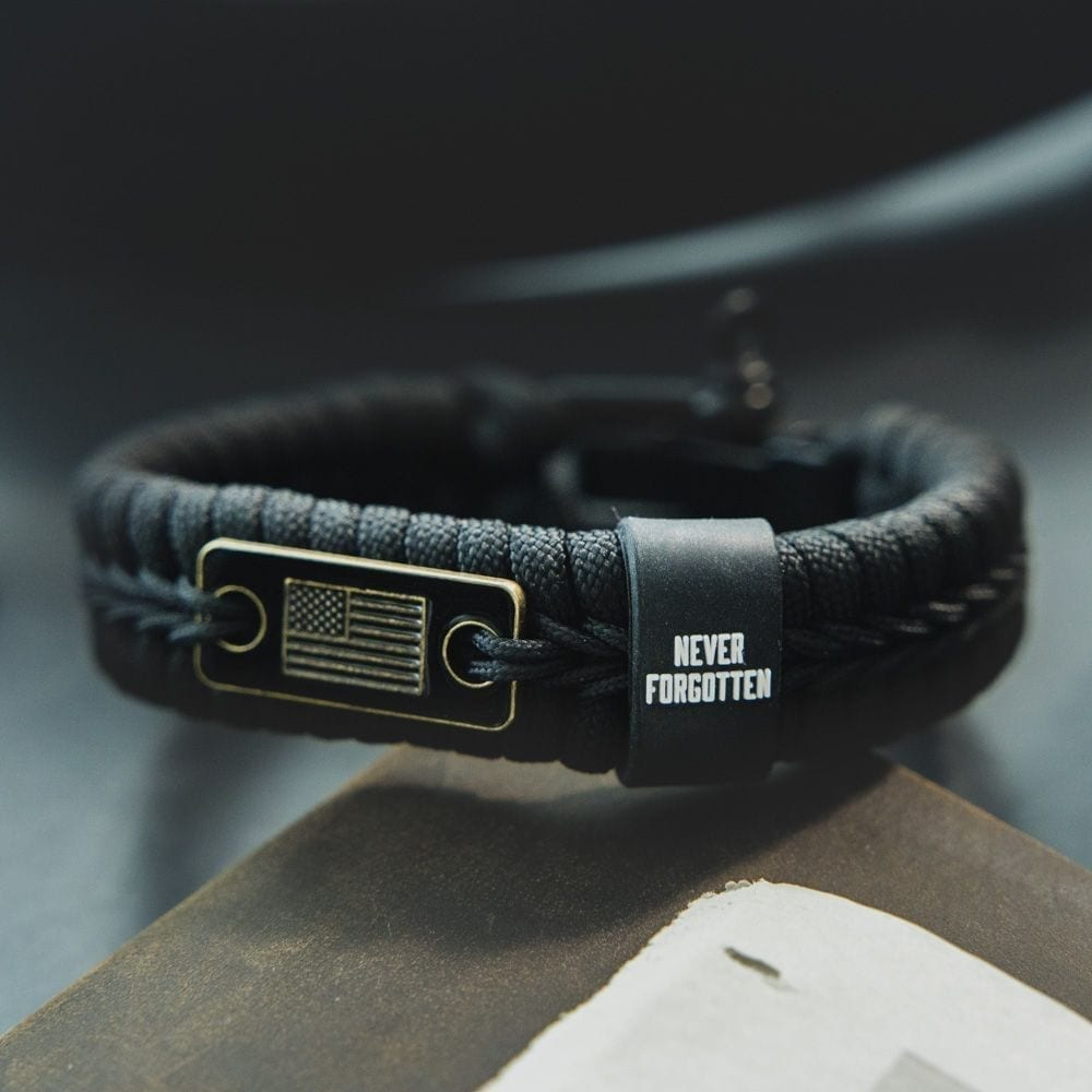 Never Forgotten Black Paracord Bracelet: Helps Pair Veterans With A Service Dog Or Shelter Dog