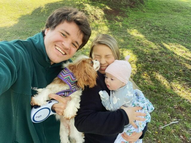 Piggy kisses Irwin family